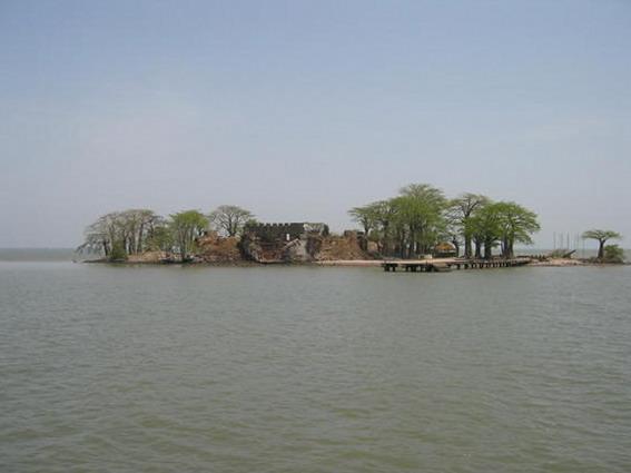 クンタ・キンテ島の画像 p1_17