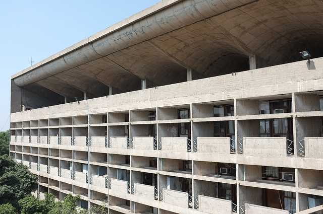 https://upload.si-p.net/img/1495701812_chandigarh-high-court.jpg