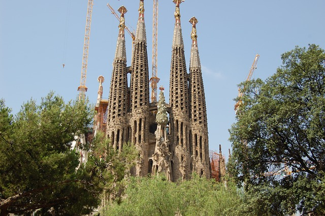 https://upload.si-p.net/img/1496635364_sagrada-familia.jpg