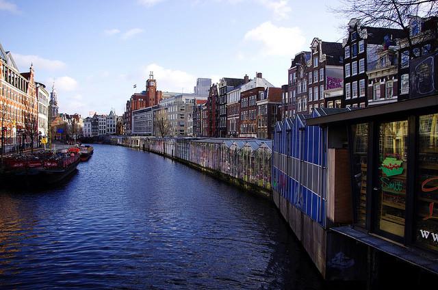 アムステルダムのシンゲル運河内の17世紀の環状運河地区の画像2
