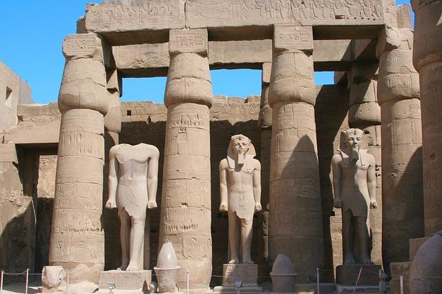 古代都市テーベとその墓地遺跡の画像9
