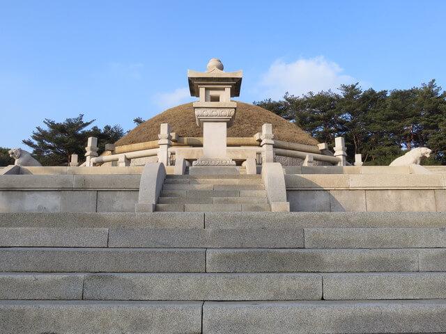 開城の歴史的建造物と遺跡の画像1