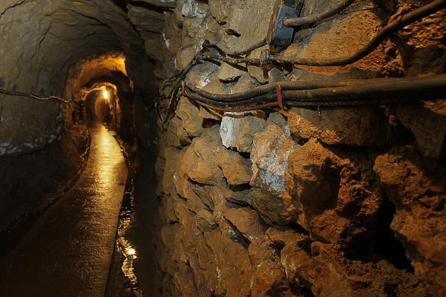 タルノフスキェ・グルィの鉛・銀・亜鉛鉱山とその地下水利システムの画像2