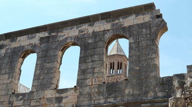 スプリットのディオクレティアヌス宮殿と歴史的建造物群の画像3