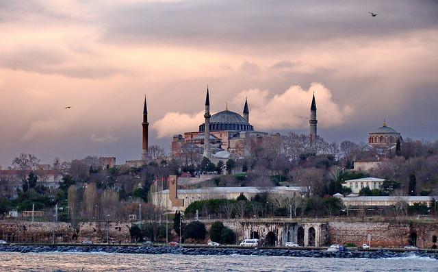 イスタンブール歴史地域 | 世界...
