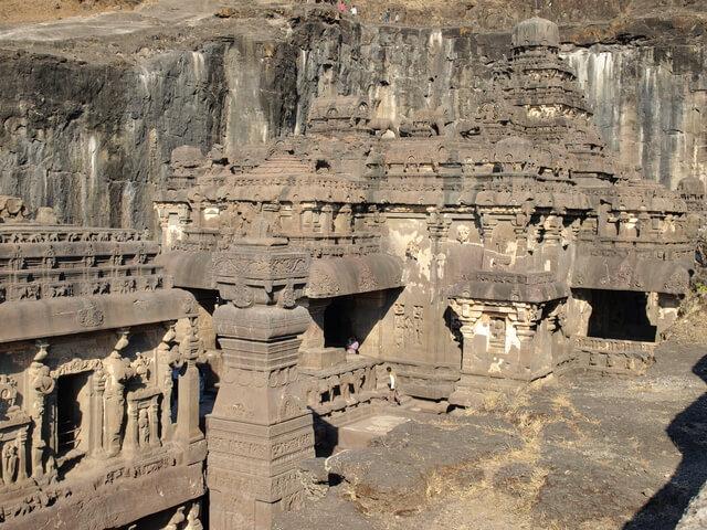 エローラ石窟群の画像3