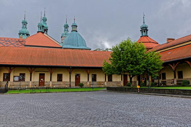カルヴァリア・ゼブジドフスカ:マニエリスム様式の建築と公園の景観複合体と巡礼公園の画像1