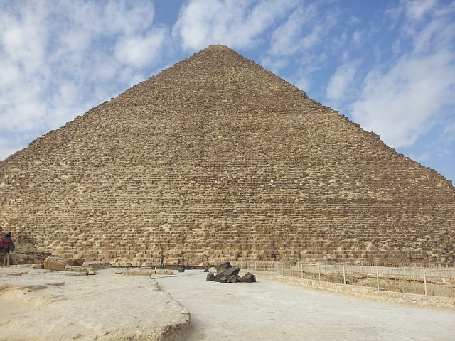 メンフィスとその墓地遺跡-ギーザからダハシュールまでのピラミッド地帯の画像3