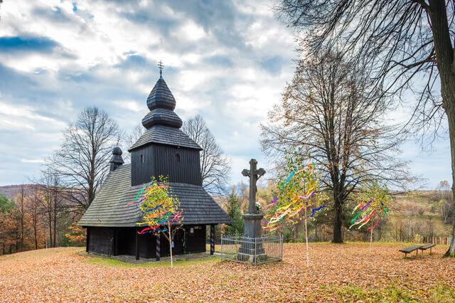 カルパチア山地のスロバキア地域の木造教会群の画像1