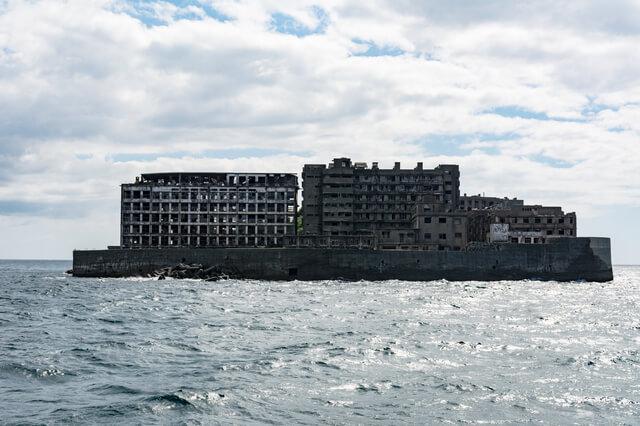 https://upload.si-p.net/img/1502961776_海から見た軍艦島.jpg