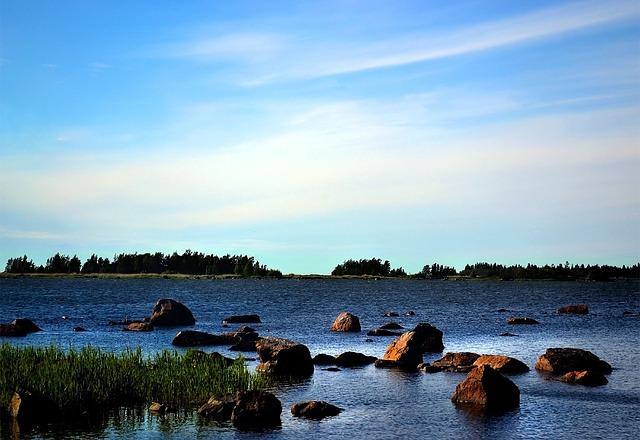 ヘーガ・クステン(ハイ・コースト)/クヴァルケン群島の画像1