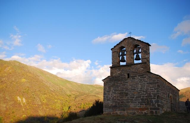 ボイ渓谷のカタルーニャ風ロマネスク様式教会群の画像6