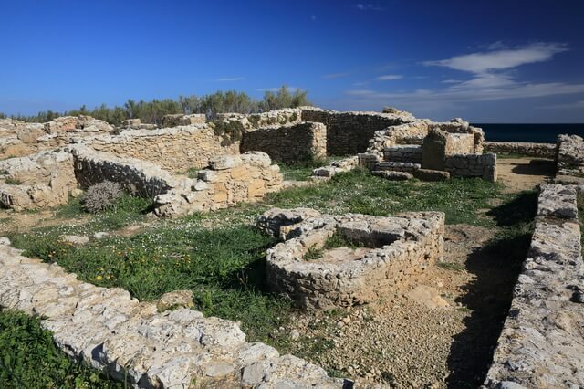 ケルクアンの古代カルタゴの町とその墓地遺跡の画像1