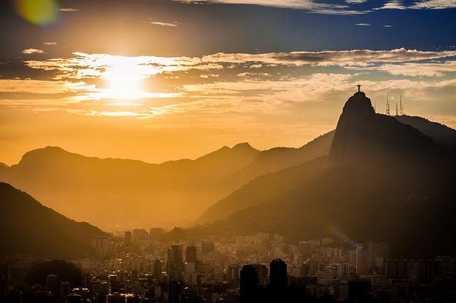 リオデジャネイロ:山と海の間のカリオカの景観の画像4