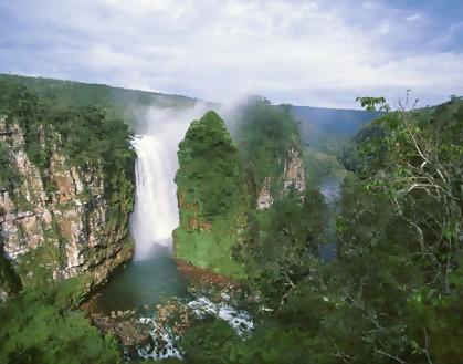 ノエル・ケンプ・メルカード国立公園の画像1