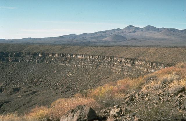 ピナカテ火山とアルタル大砂漠生物圏保存地域の画像1