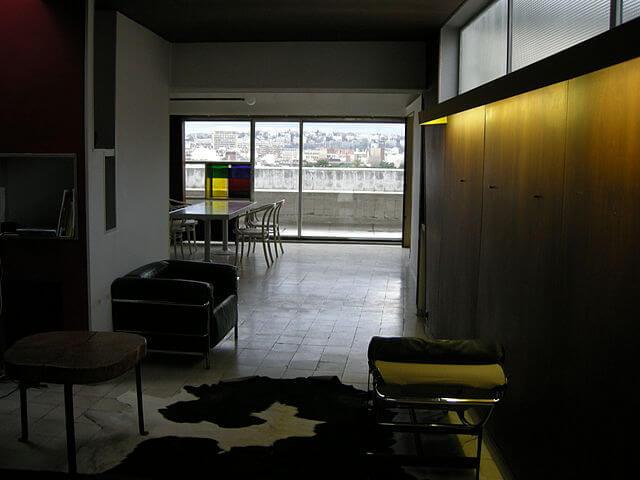 ナンジェセール・エ・コリ通りのアパート(ポルト・モリトーの集合住宅)の画像2