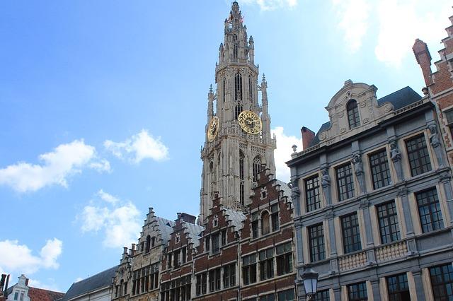 ベルギーとフランスの鐘楼群の画像7