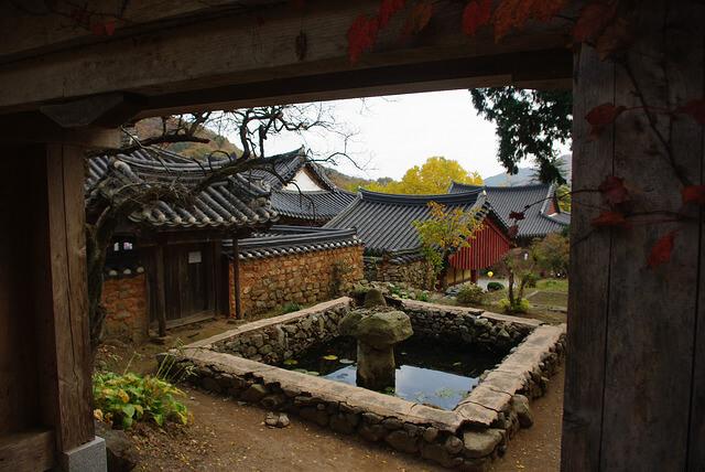 山寺(サンサ)、韓国の仏教山岳僧院の画像3