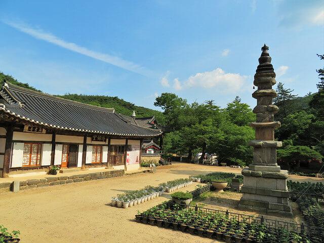 山寺(サンサ)、韓国の仏教山岳僧院の画像4