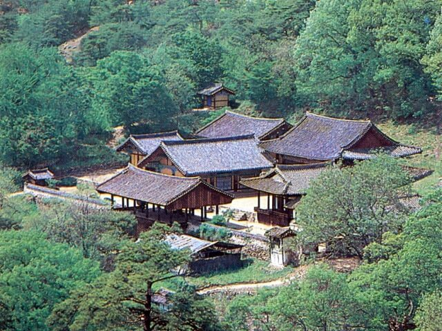 山寺(サンサ)、韓国の仏教山岳僧院の画像7