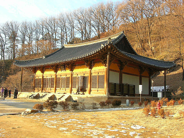 山寺(サンサ)、韓国の仏教山岳僧院の画像8