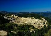 http://world-heritage.s3-website-ap-northeast-1.amazonaws.com/img/1627659708_Cetate_open-pit_gold_mine.jpeg